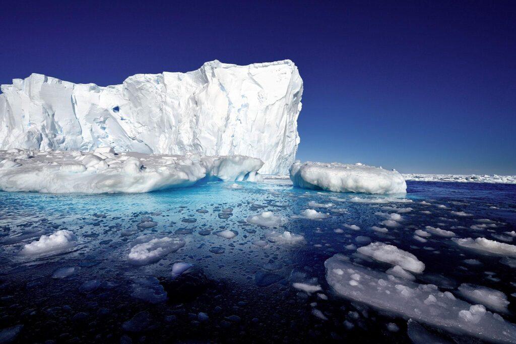 Антарктида тает намного быстрее, чем считалось ранее