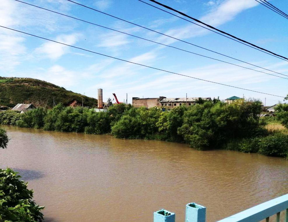 Сахалин, Горнозаводск: водопроводную воду проблематично использовать по назначению
