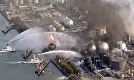 """Японская АЭС """"Фукусима-1"""" планирует слить 1,7 миллиона тонн радиоактивной воды в Тихий океан"""